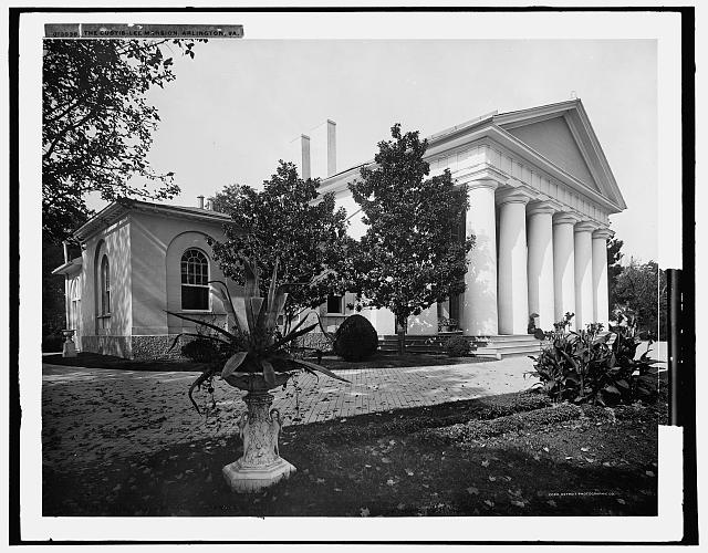 Robert E. Lee's mansion Arlington House in Virginia circa 1900