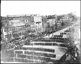 Abe Lincoln\'s Funeral Procession on Pennsylvannia Avenue in 1865