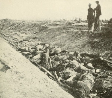Battle of Antietam, dead soldiers in \