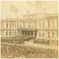 Crowd gathered to view Abraham Lincoln lying in state at New York City Hall in April, 1865